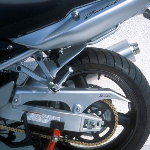 Garde-boue arrière Ermax pour GSF 650 Bandit N/S 2007/2008 Garde-boue arrière 2007/2008 Ermax GSF 650 BANDIT N/S 2005/2008 SUZUKI EQUIPEMENT MOTOS
